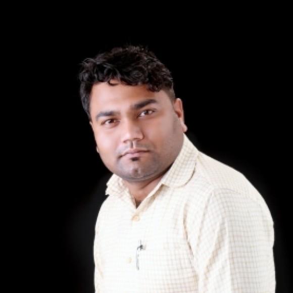 Profile picture of Dhruv Limbachiya